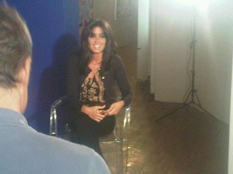 """Jenifer en interview promo pour son nouvel album dans l'émission """"CD d'ajourd'hui"""" sur france 2."""