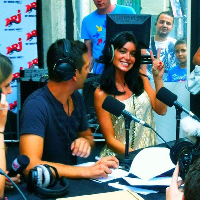 """Jen, fait actuellement la promo de son 5ème album studio """"L'amour & moi"""" sur NRJ - Montpellier & Aix En Provence [12/09/12] !"""
