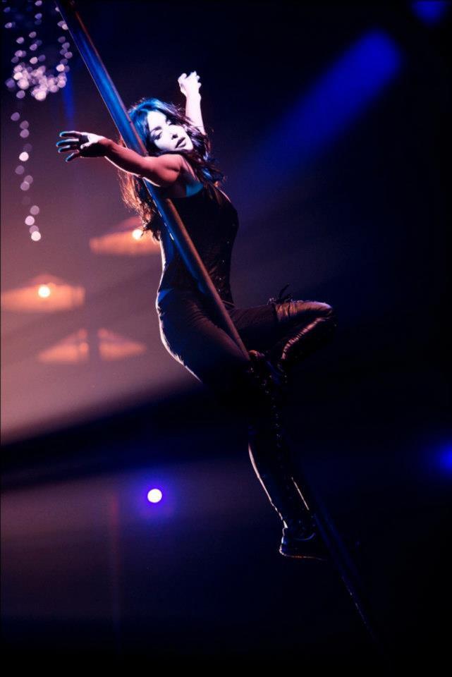 Nouvelles photos de Jen our le 51eme gala de l'union des artistes (voir résumé plus bas) ;)