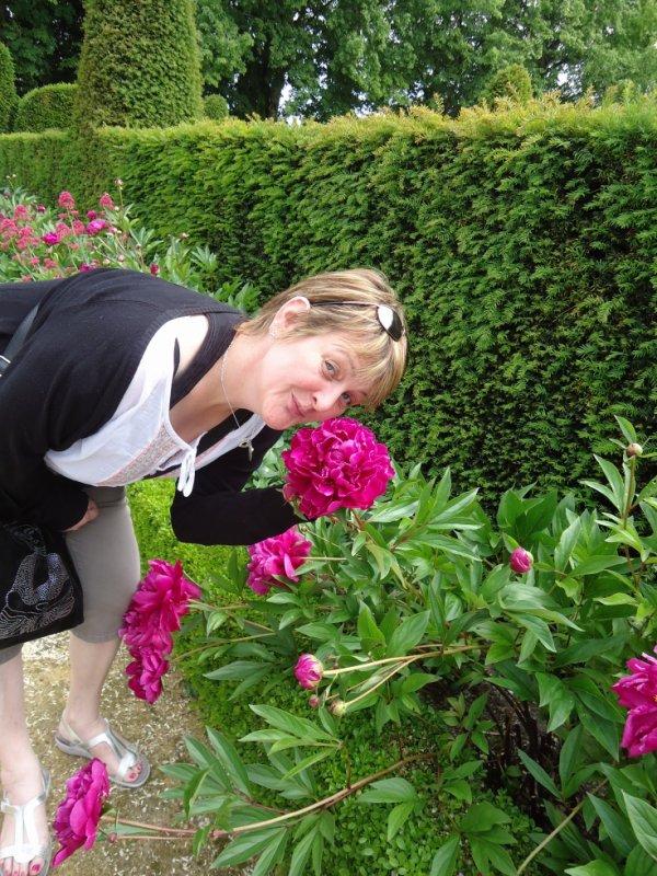 moi au milieu des fleurs