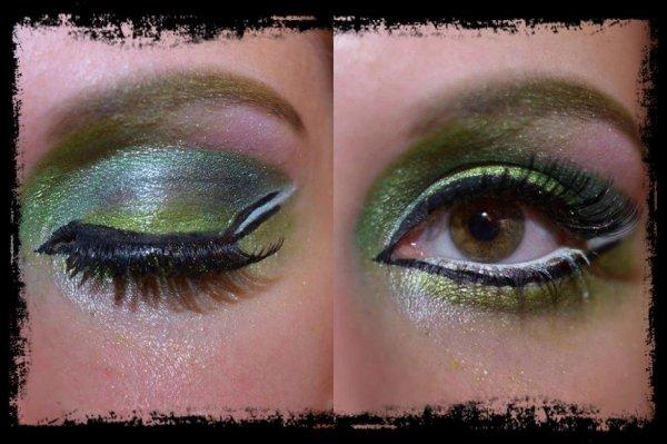 Maquillage vert et blanc