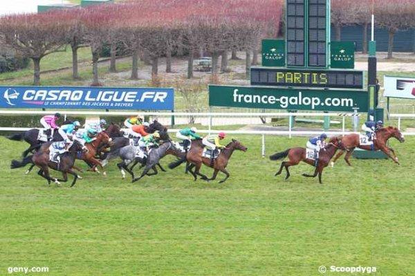 312 Mikelino* (mon tocard !) gagne le Q+ du jour a 6/1 seulement ! quelle prise sur ce cheval ! 308 Iron Spirit* (mon favori !) 4éme ! un beau 2/4 pour les joueurs de ce jeu !