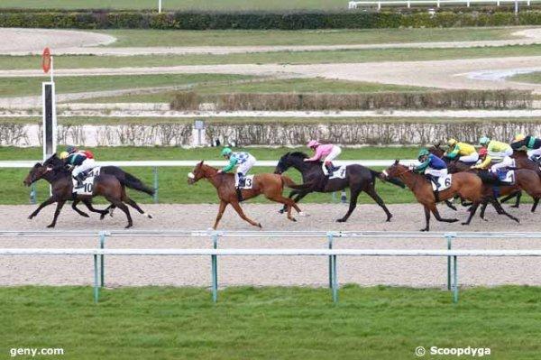CHANTILLY, BORDEAUX-LE BOUSCAT et LAVAL le 28/04/2016