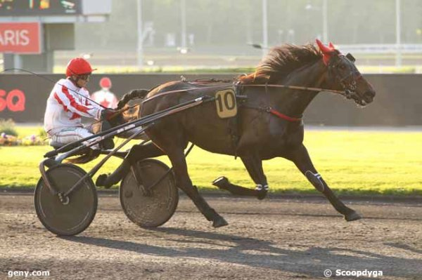 310 Elio Mannetot gagne a 13/1 a Chartres ! au lait ! lol !