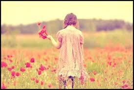 """Dis moi juste """"c'est fini"""", vas-y dis le puis tu t'enfuis je ne peux pas croire t'avoir aimer ainsi l'amour se retourne contre moi, à tes yeux l'amour ne compte pas ne compte pas  dis moi juste ce que j'ai fait... (2011)"""