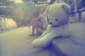 J'ai souffert de ton départ, je meurs de ton absense. Chaque jours est un combat contre se manque de toi. Je te rêve derrière une armée de douleurs.. (2009)