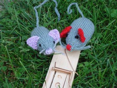 deux souris qui couraient  .........
