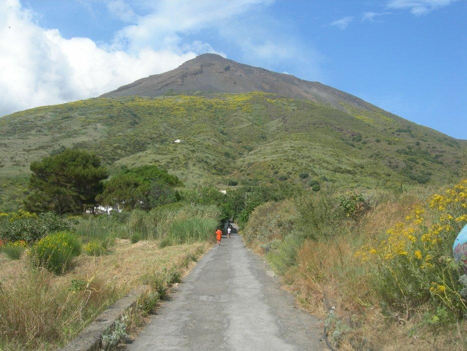 Vers l'observatoire volcanologique - 18/06/2010