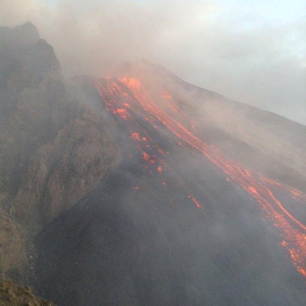 Eruption exceptionnelle des 07 & 08/08/2014 - 7