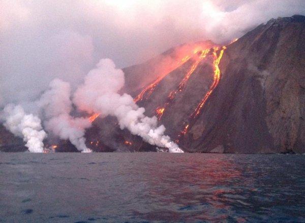 Eruption exceptionnelle des 07 & 08/08/2014 - 8