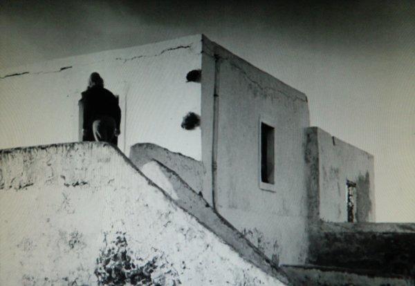 "La maison du film ""Stromboli"" (1950) de Roberto Rossellini (1/6) ?"