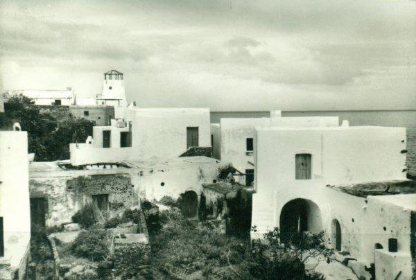 "La maison du film ""Stromboli"" (1950) de Roberto Rossellini (6/6) ?"