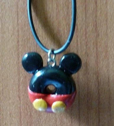 Pendentif Mickey en pate Fimo (Vendu)