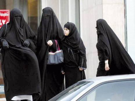 Le dur combat des Saoudiennes contre le fanatisme