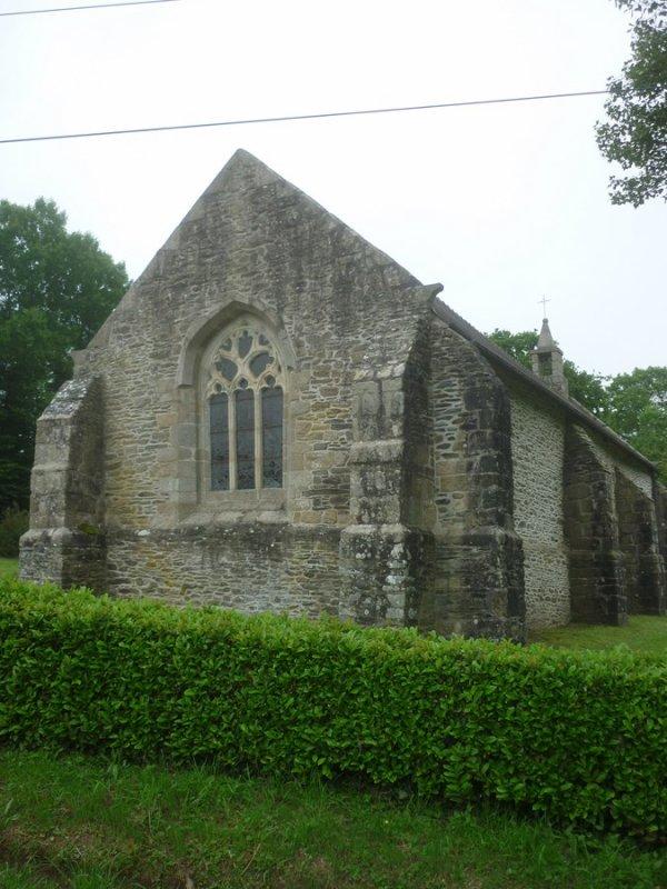 chapelle de l'isle à kergrist-moeloux  le 29/05/17