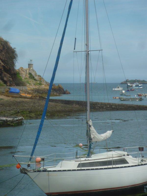 Loguivy de la mer(suite 31 mai) superbe! et un vieux pêcheur