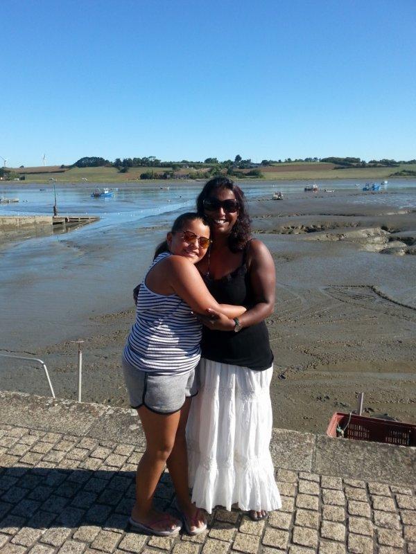 marie et ambre en vacances  21 août