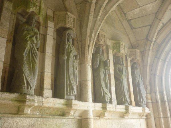 jeudi  28 septembre  : chapelle de  Plusquellec+ derniers sourires de candice
