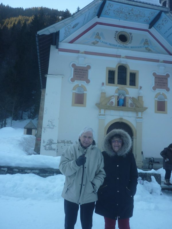 belle journée ensoleillée avec françoise et alain dimanche 28 janvier...mais à la Gorge à 15H...froid et gris!