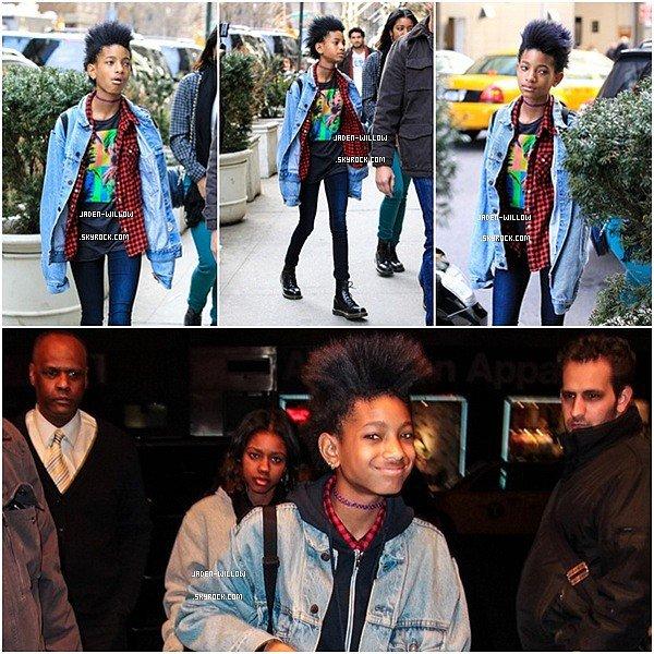 .  || 06.04.13 || Jaden Smith posant pour quelques photos surement pour sa nouvelle vidéo qu'il va posté Lundi + une photo de lui avec sa tante. .