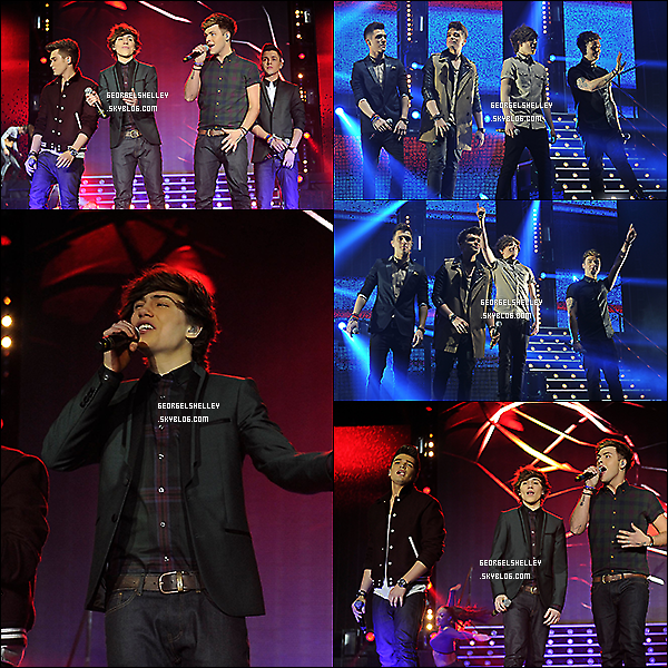 .   26/01/13 Les Union J on donnés une performance lors du X Factor tour au Men Arena à Manchester .
