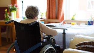 Fayt-lez-Manage: deux voleurs renversent une handicapée de sa chaise roulante pour 240 euros