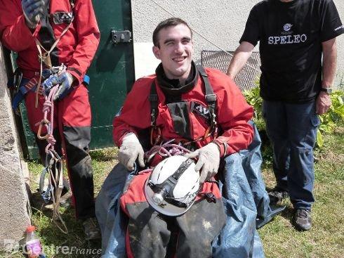 Un jeune handicapé moteur a découvert la vie sous terre