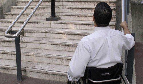 Loi handicap : après un AVC, j'ai pu observer de près le retard français. C'est une honte