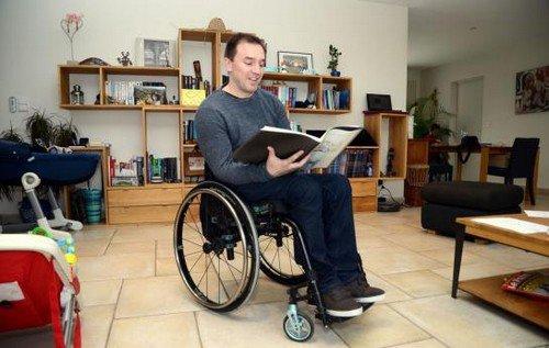 Brie-Comte-Robert : le prof handicapé réclame un statut pour enseigner sereinement