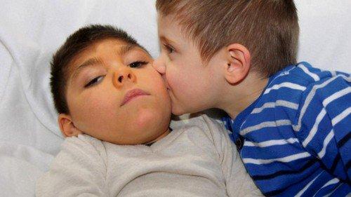 L'Armée des Anges vient en aide à Maël, petit garçon handicapé de Bouville