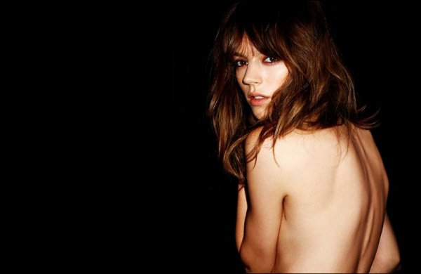 Freja Beha & Cole Mohr for AZUL by Moussy | S/S 2011 ad campaign