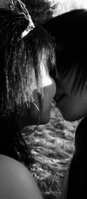 Je me rend compte qu'en fait je tiens à toi, bien plus que je ne l'imaginais moi même. Il n'y a plus que toi.  ♥