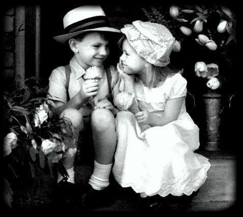 Il est vrai que la présence de l'amour guérit bien des silences.