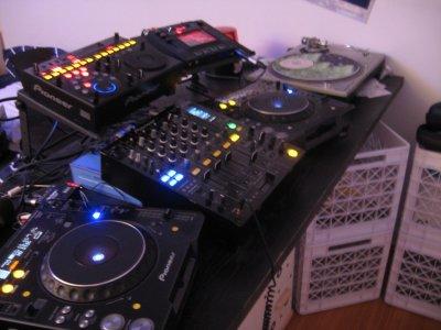 Voici du bon matériel pour être un bon DJ !