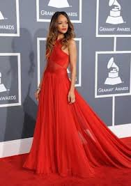 Rihanna aux grammy awards