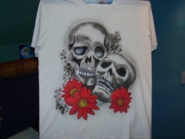 tee- shirt