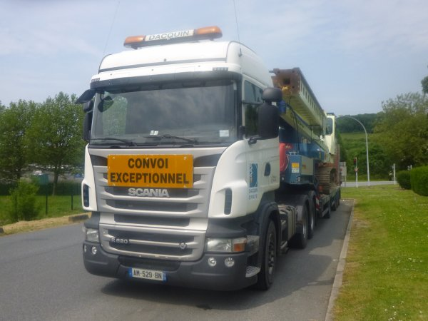 convoi exceptionnel foreuse