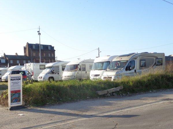 les campings arrivent pour la foire aux harengs