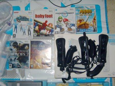 Console Wii + Tapis de Danse + 7 Jeux + Accessoires