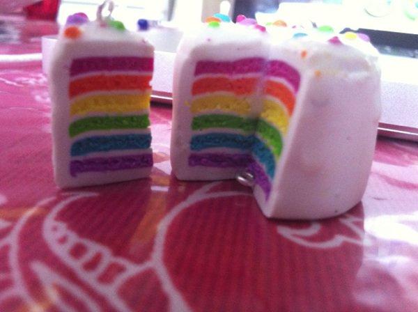 Gâteau fourré multicolore