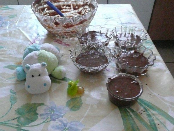 bébétyty a fait de la mousse au chocolats