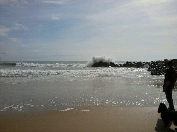 une balade tres agreable a papoter avec ma maman. et une mer(e) splendide...