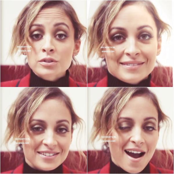 *  ● APPARENCE : Nicole Richie's interview for french tv show  ● *  Samedi 11 Janvier 2014: Nicole a fait une courte apparence (01:11) dans l'émission française Clique du 11/01/14. Cliquez sur le montage ci-dessous pour découvrir la vidéo. *