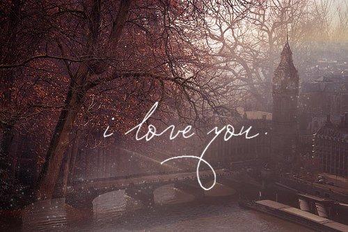 L'amour, c'est attendre quelqu'un depuis toujours.  Une aventure, c'est attendre quelqu'un seulement depuis qu'on le connaît.