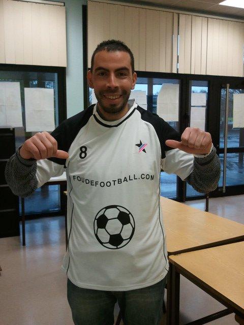 Farid Kada Rabah est Fou de football