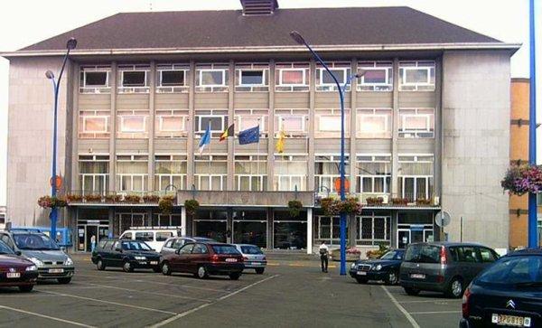 HOTEL DE VILLE DE LA LOUVIERE