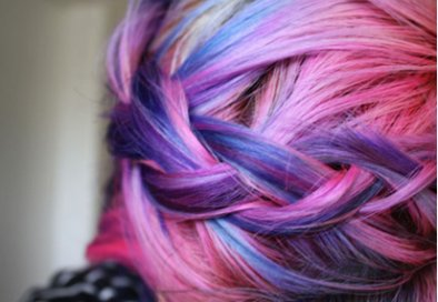 Cheveux Multicolore.