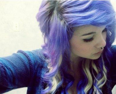 Cheveux Multicolore.