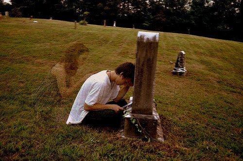 Pour certain , la mort c'est la seule façon qu'ils ont de se prouver qu'ils étaient vivants .