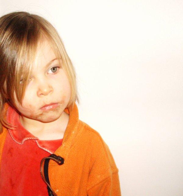 Enfants petits, petits soucis ; enfants grandis, grands soucis. [Proverbe français]